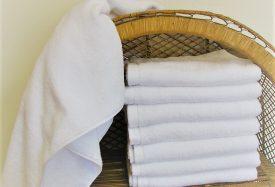 fehér frottír törölköző bordűr nélküli 100% pamut - 420g_m2